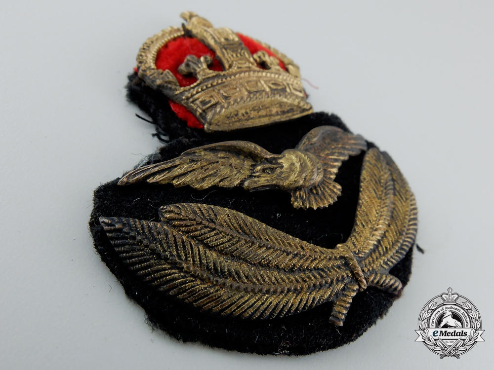 A First War Canadian-Made Royal Air Force (RAF) Officer's Cap Badge