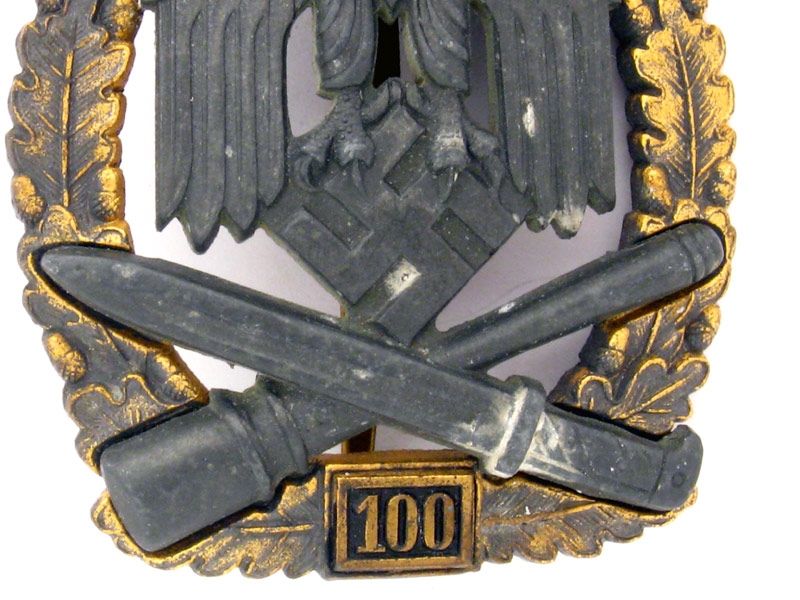 "General Assault Badge ""100"""