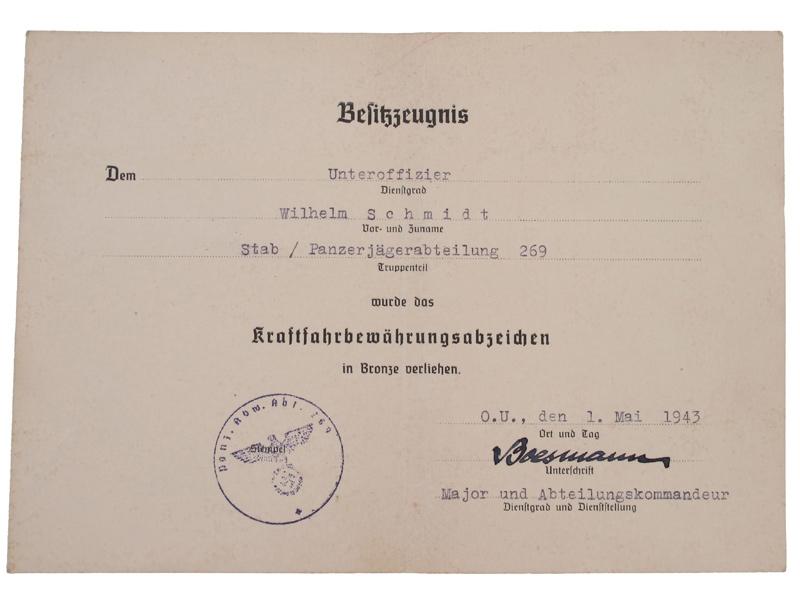 Group to Unteroffizier W. Schmidt