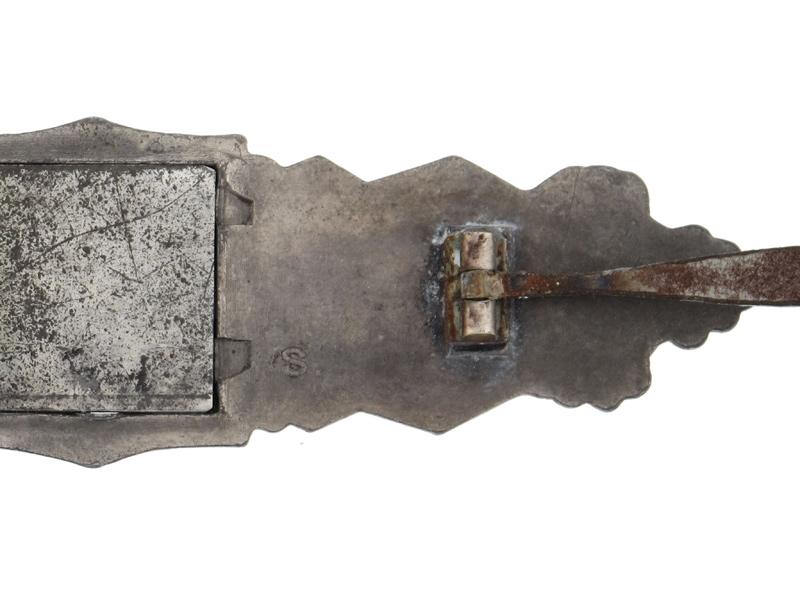 Close Combat Clasp-Silver Grade