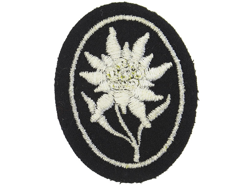 SS Gebirgstruppen Cloth Badge