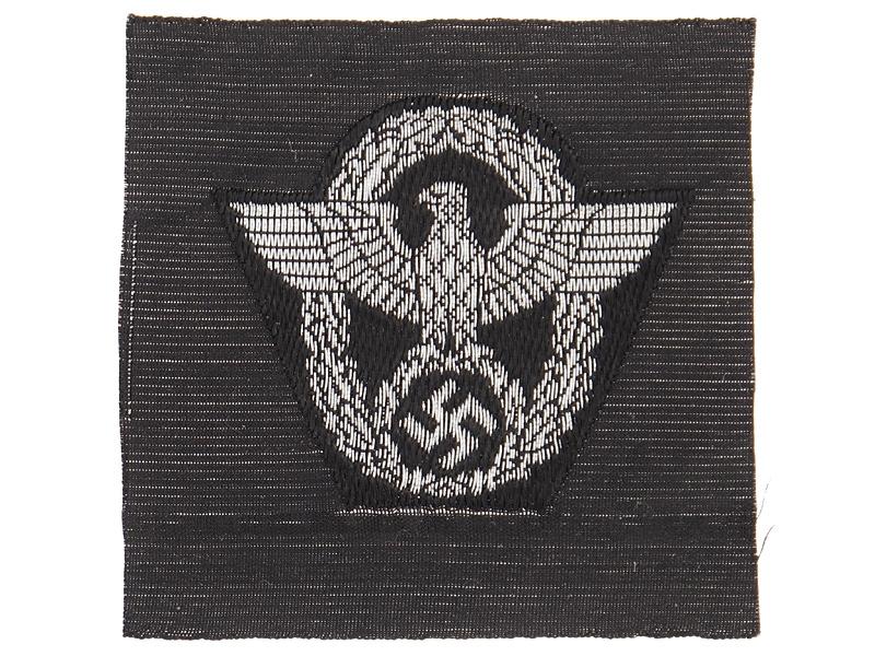 Police M43-Overseas Cap Insignia
