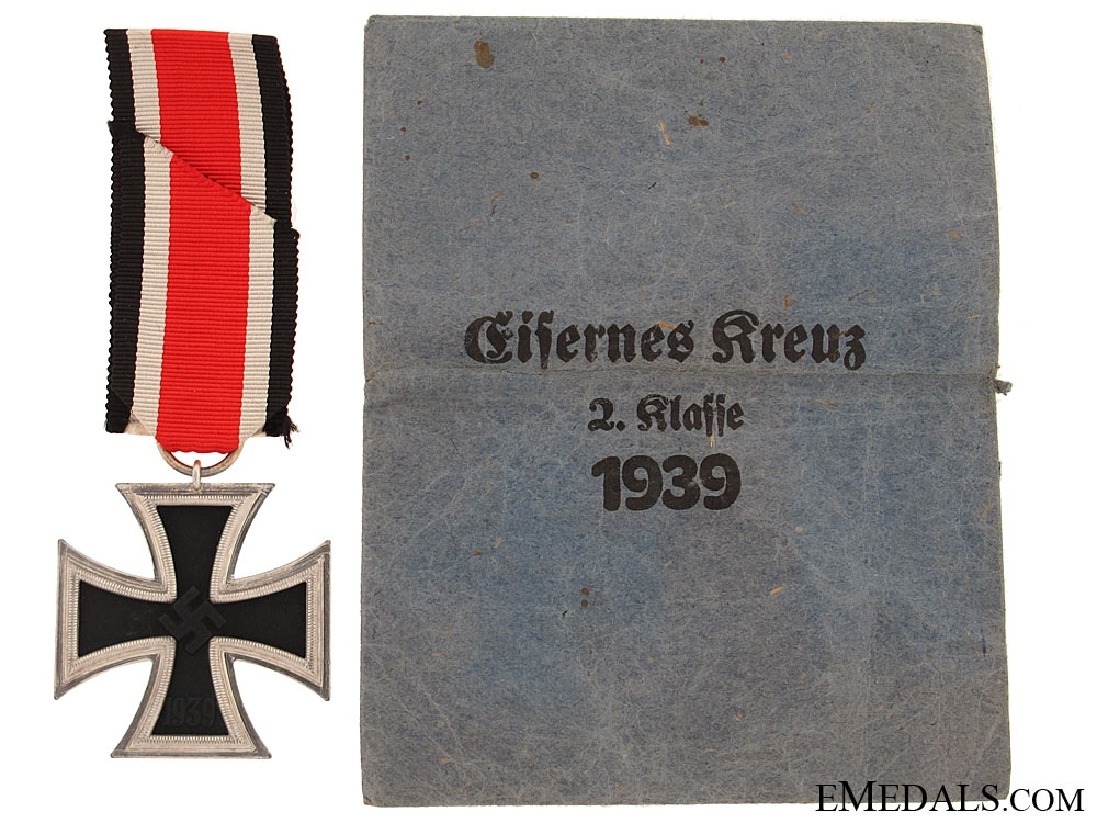 Iron Cross Second Class 1939 -  K & Q