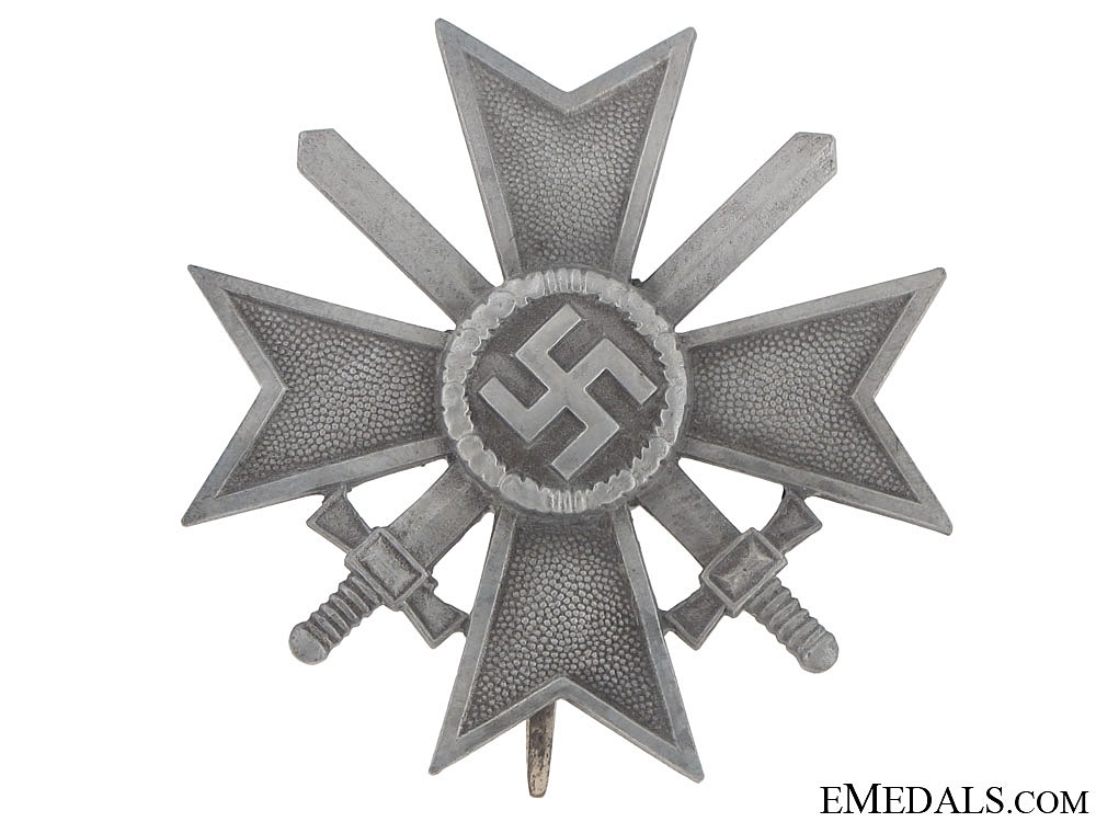 War Merit Cross 1St. Cl. w/Swords