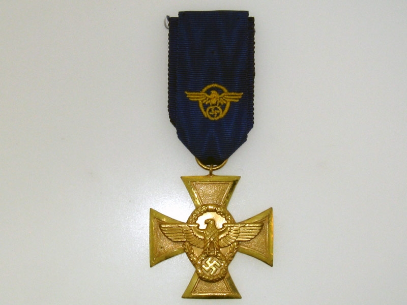 Police Long Service Cross First Class,