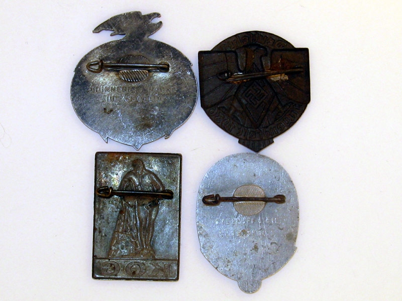 Four Tinnies,