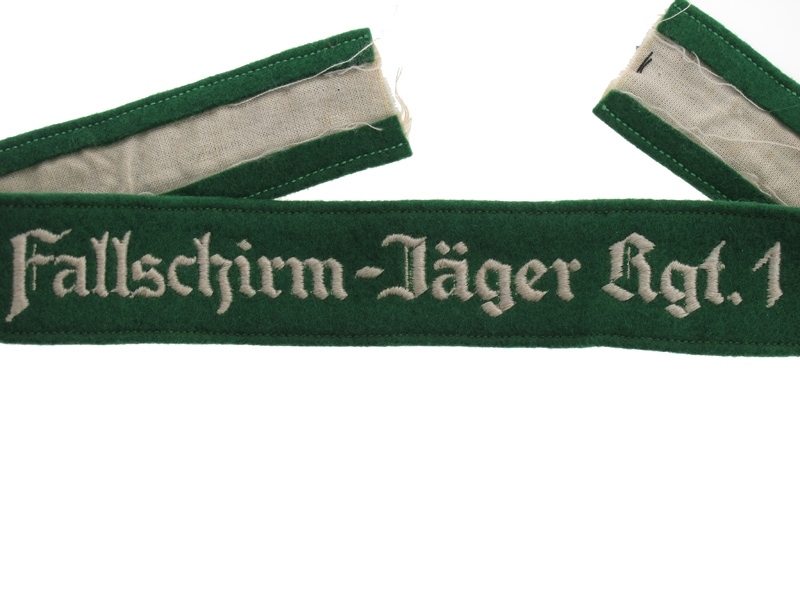 Fallschirm-Jäger Rgt.1 – Cufftitle