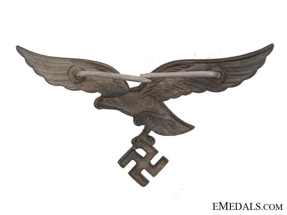 Cap eagle