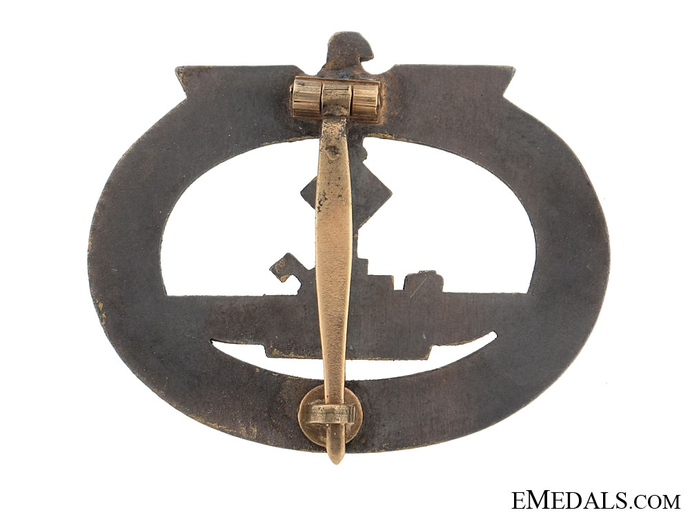 Submarine War Badge
