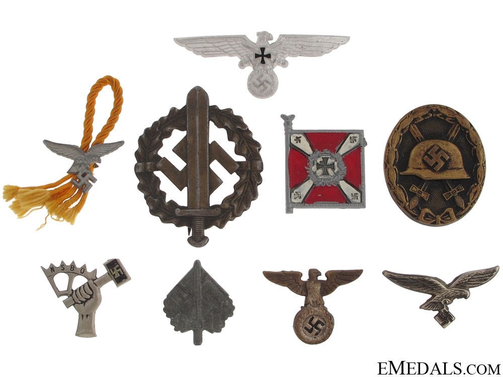 Group Third Reich Period Insignia & Awards