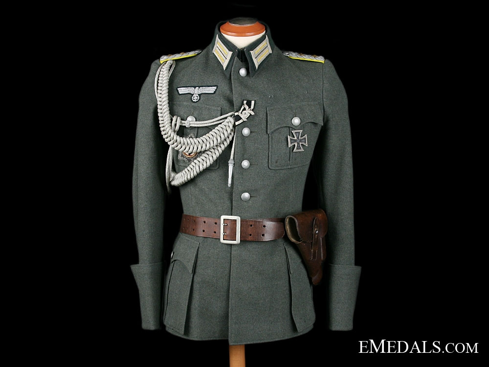 A Complete & Decorated Army Officer's Uniform