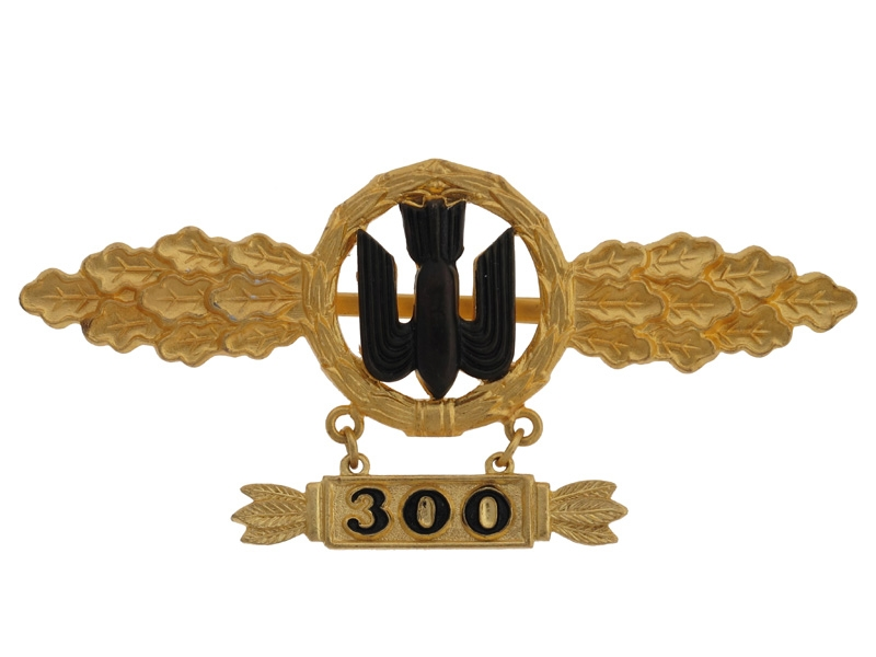 "Squadron Clasp for Bomber Pilots ""300"""