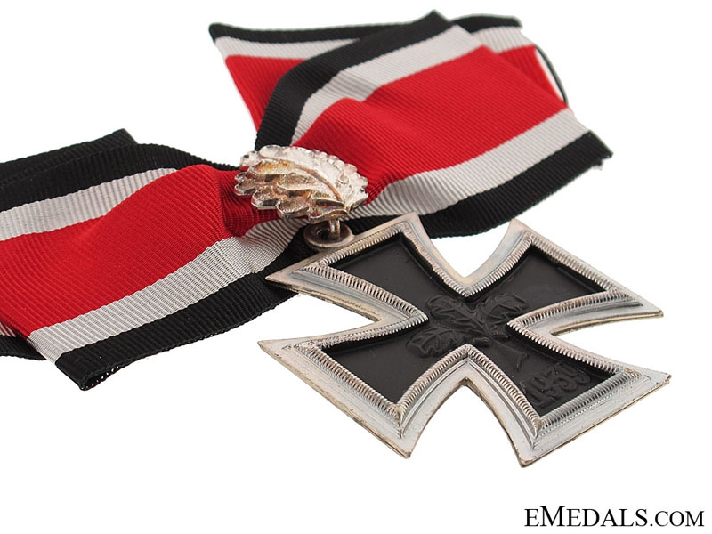 Knight's Cross of the Iron Cross with Oakleaves
