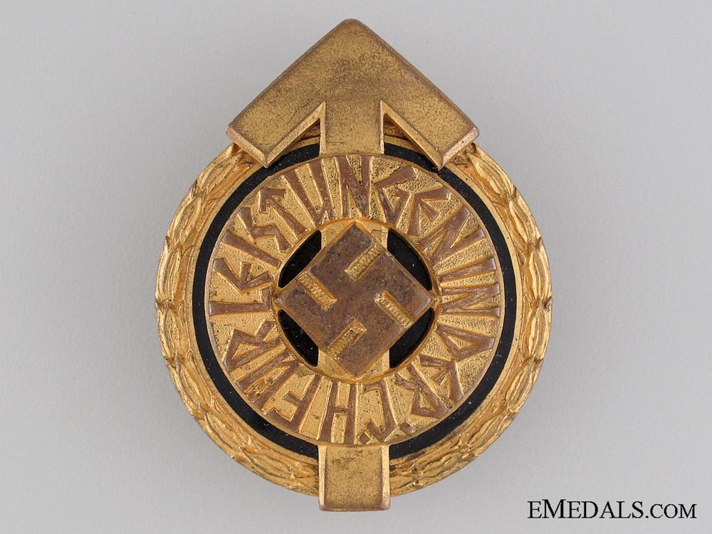 HJ Golden Leaders Sports Badge