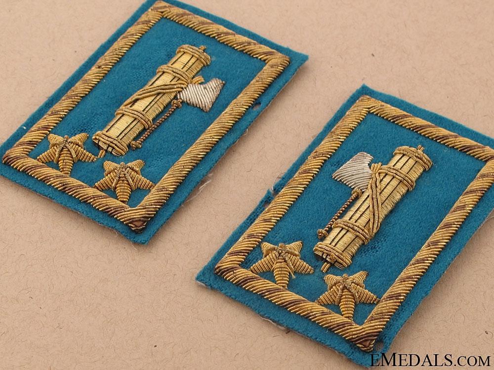 A Pair of Facist Gold Bullion Collar Tabs