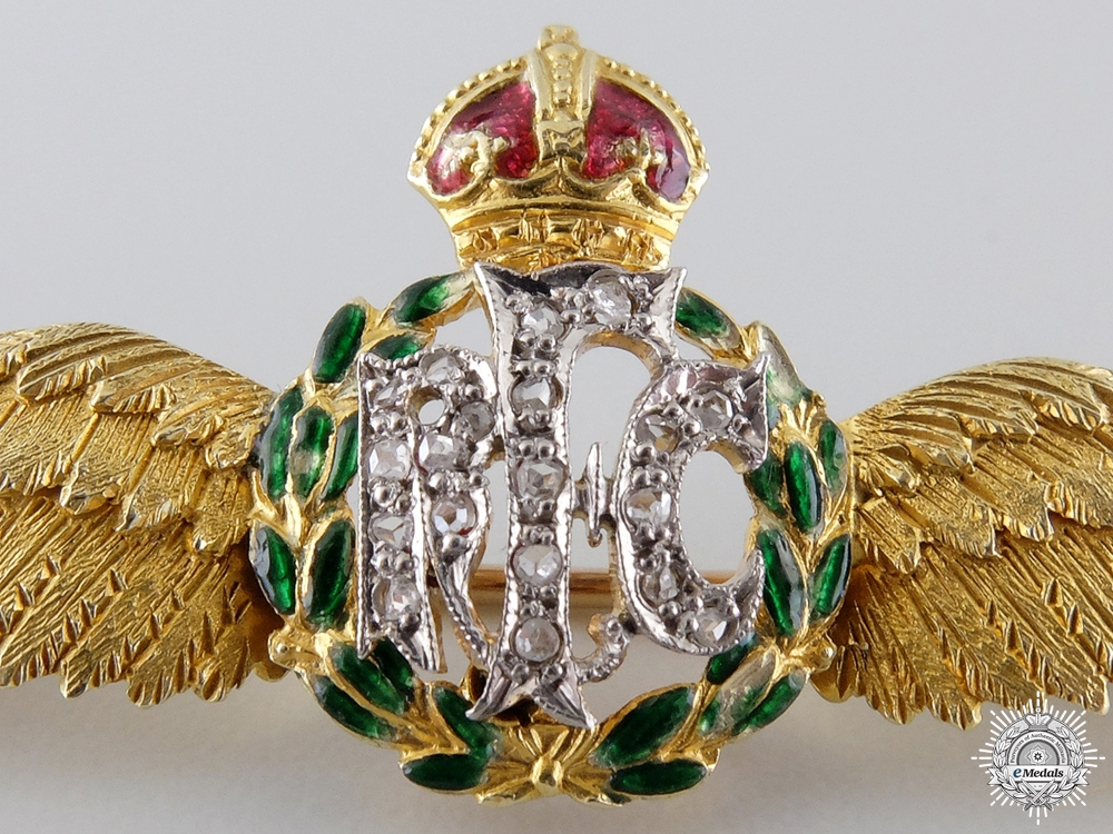 Superb First War Royal Flying Corps Wings in Gold & Diamonds  $1000
