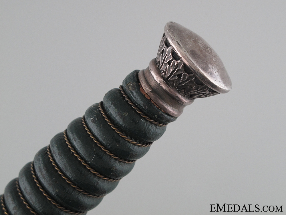 Land Custom Official Dagger by WKC