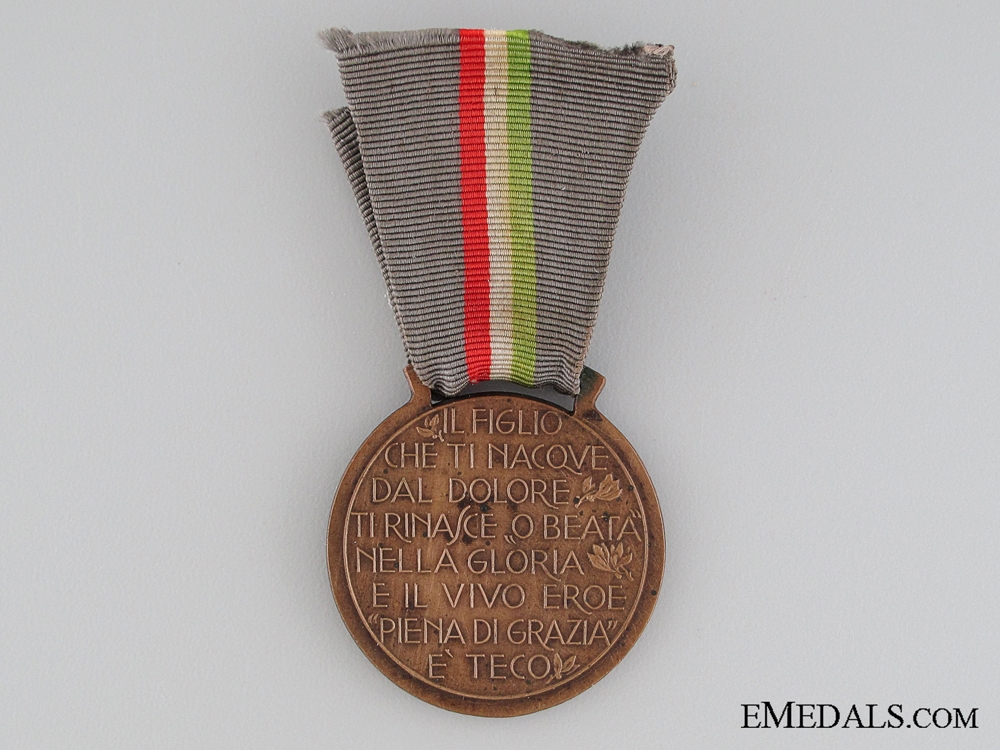 Italian Mothers of the Fallen Medal