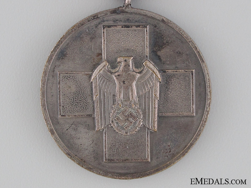 German Social Welfare Medal with Swords