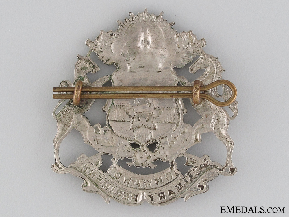 WWII Calgary Regiment (Tank) Cap Badge