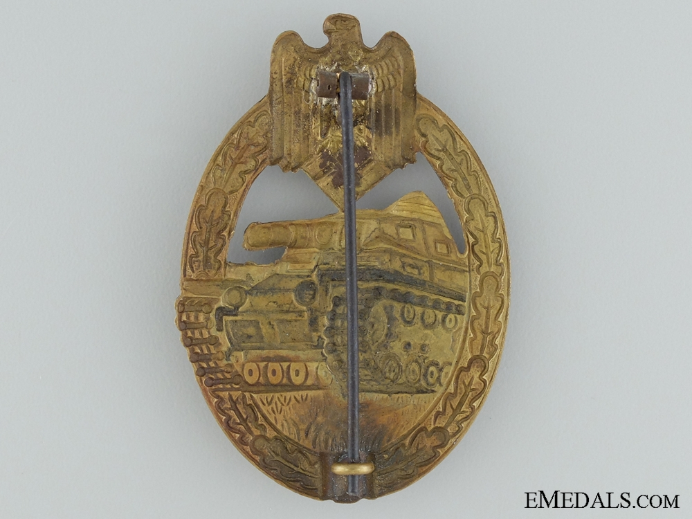 A Tank Badge; Bronze Grade
