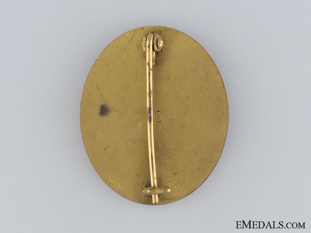 A WWII Wound Badge; Gold Grade; Marked 30