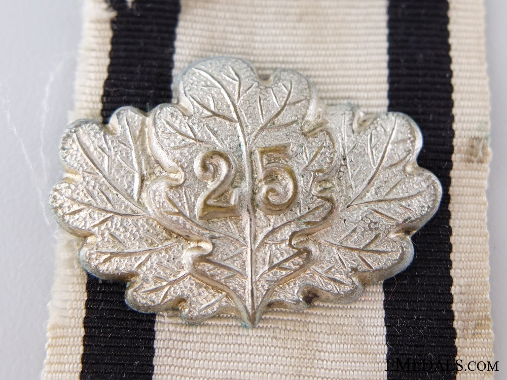 Oakleaves of the 1870 Iron Cross; Non-Combatant