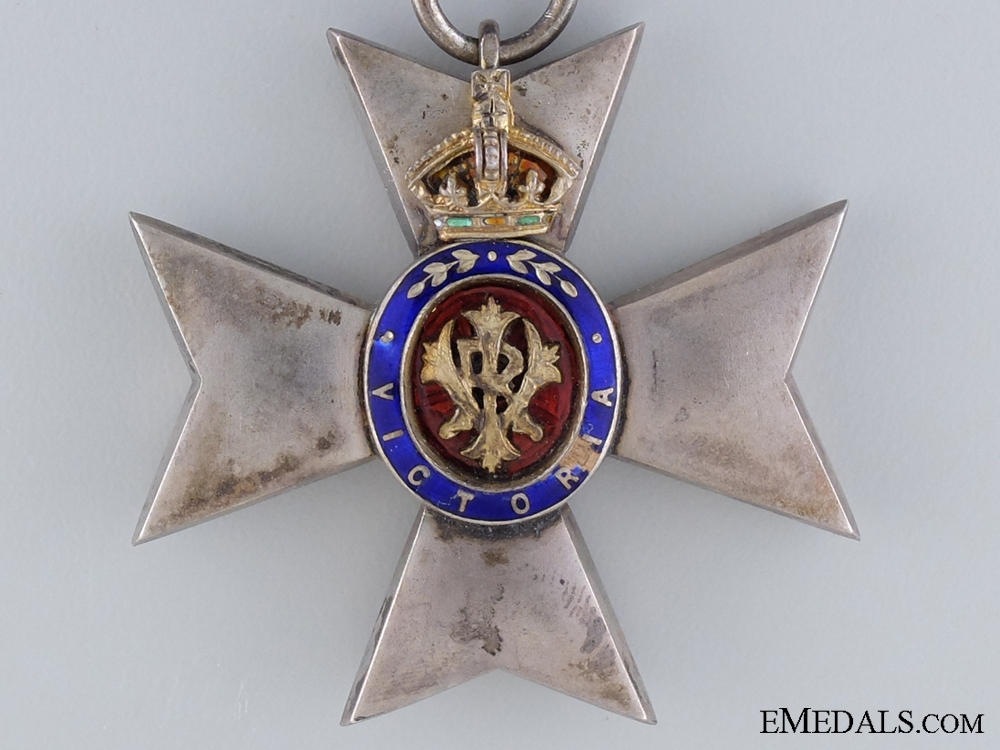 Royal Victorian Order, Member's Badge (M.V.O.)