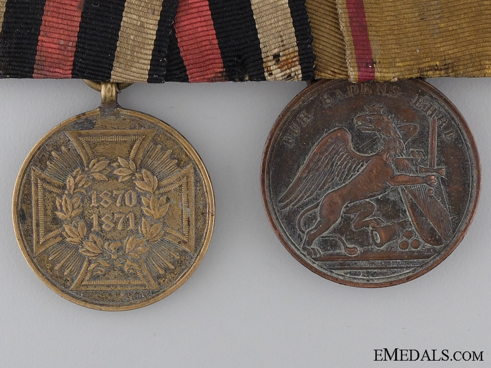 A Pair of Franco Prissan War Medals