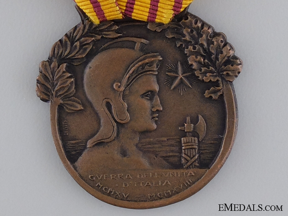 An Italian 1915-18 Medal for War Disabled