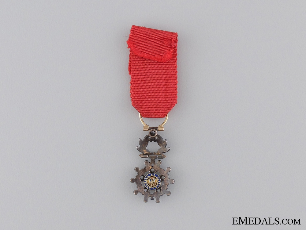 An Exqusite Miniature Legion D'Honneur with Diamonds
