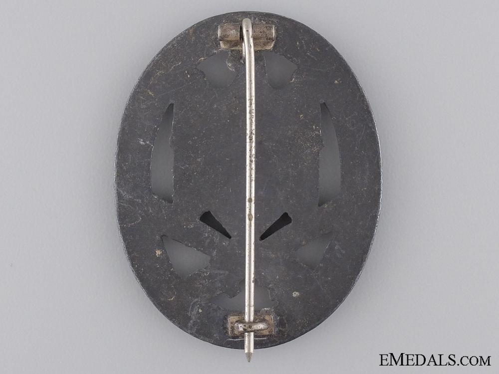 A Second War General Assault Badge