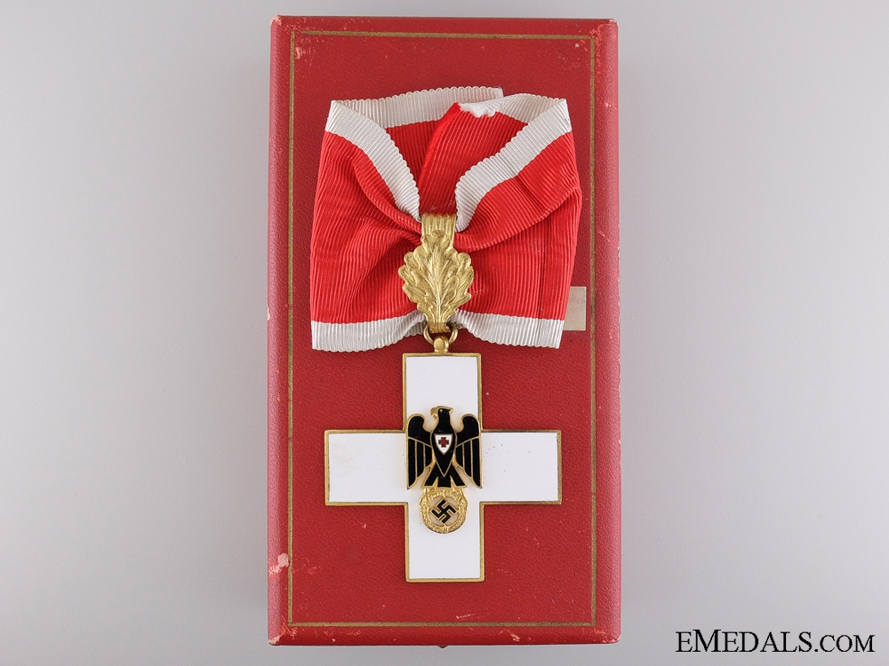 The Awards of Lt.Fellows; Recipient of the German Red Cross Award