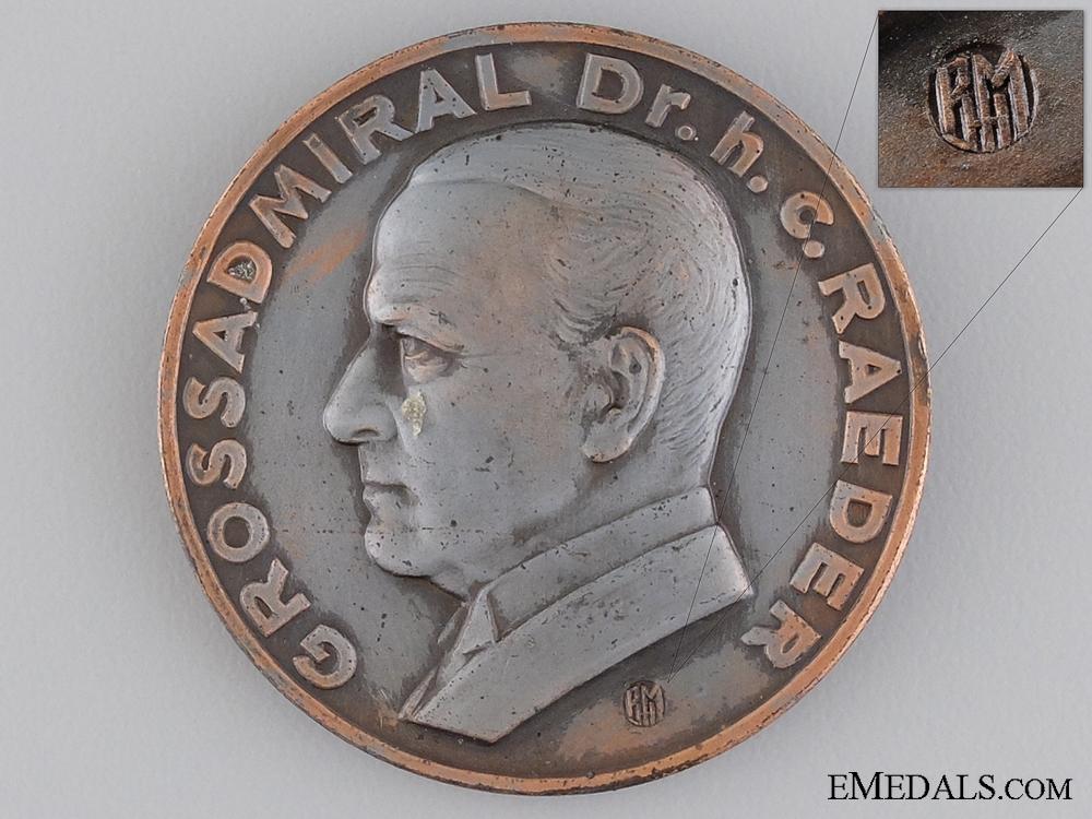 Grossadmiral Raeder Table Medal