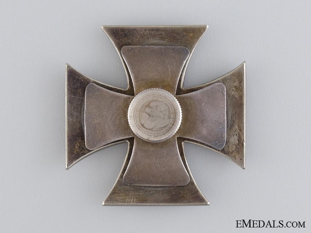 An Iron Cross First Class 1914; Screw Back Version