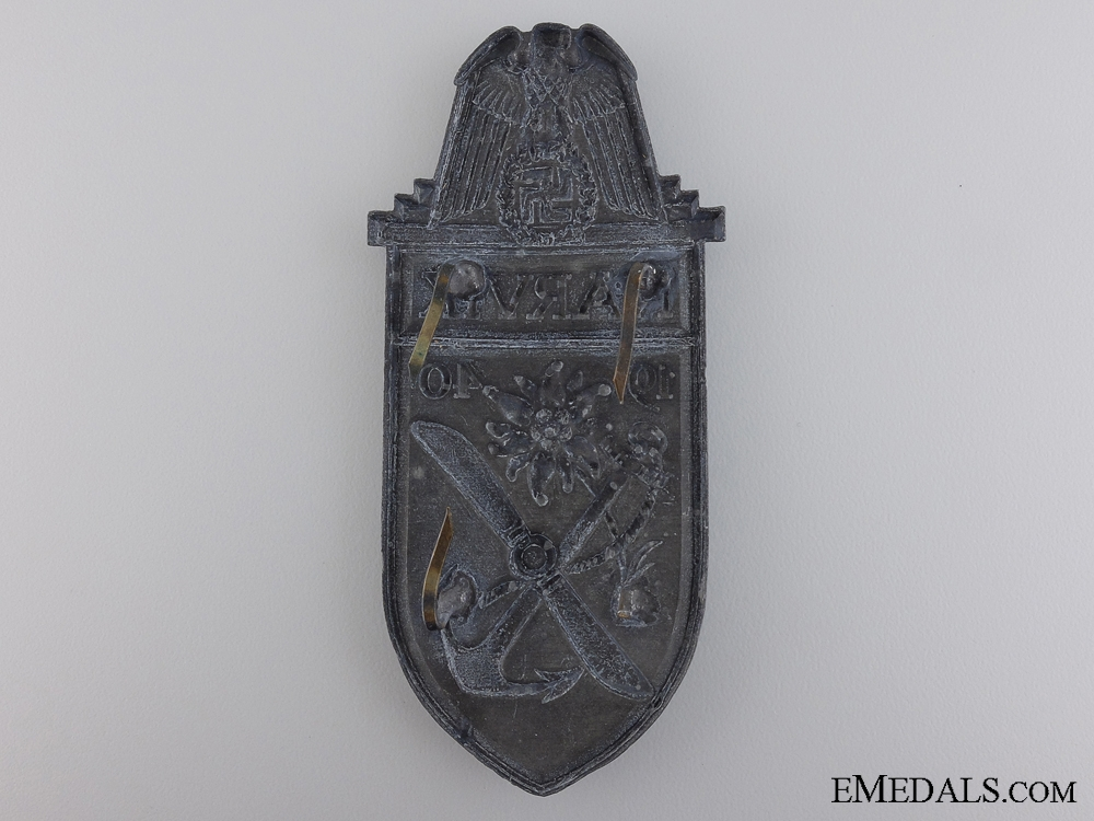 A Uniform Removed Narvik Shield