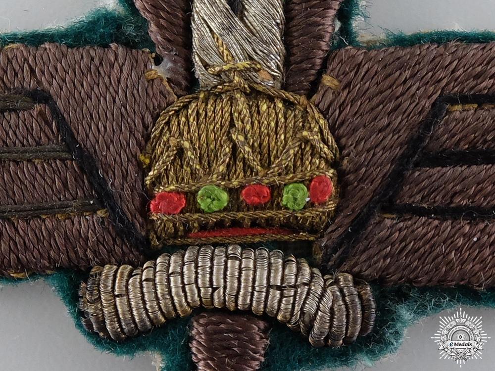 A Second War Hungarian War Correspondent Badge
