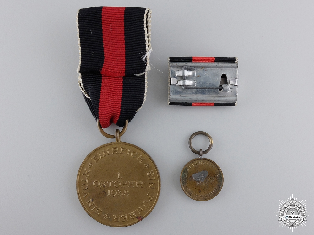 A German Oktober 1938 Medal with Ribbon Bar and Miniature