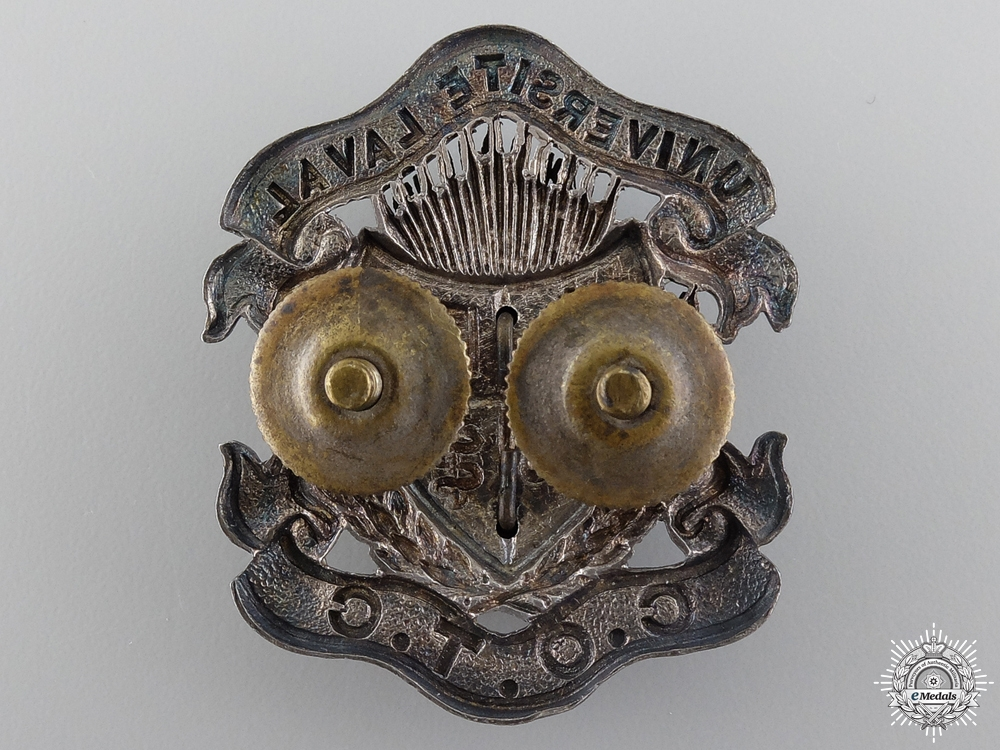 A WWII Université Laval Canadian Officer Training Corps Cap Badge
