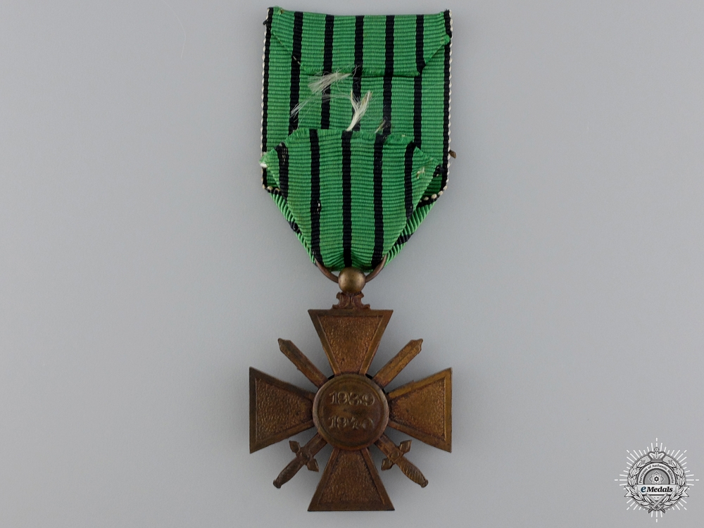"A French Croix de Guerre; Type II ""Vichy Government"", 1939-1940"