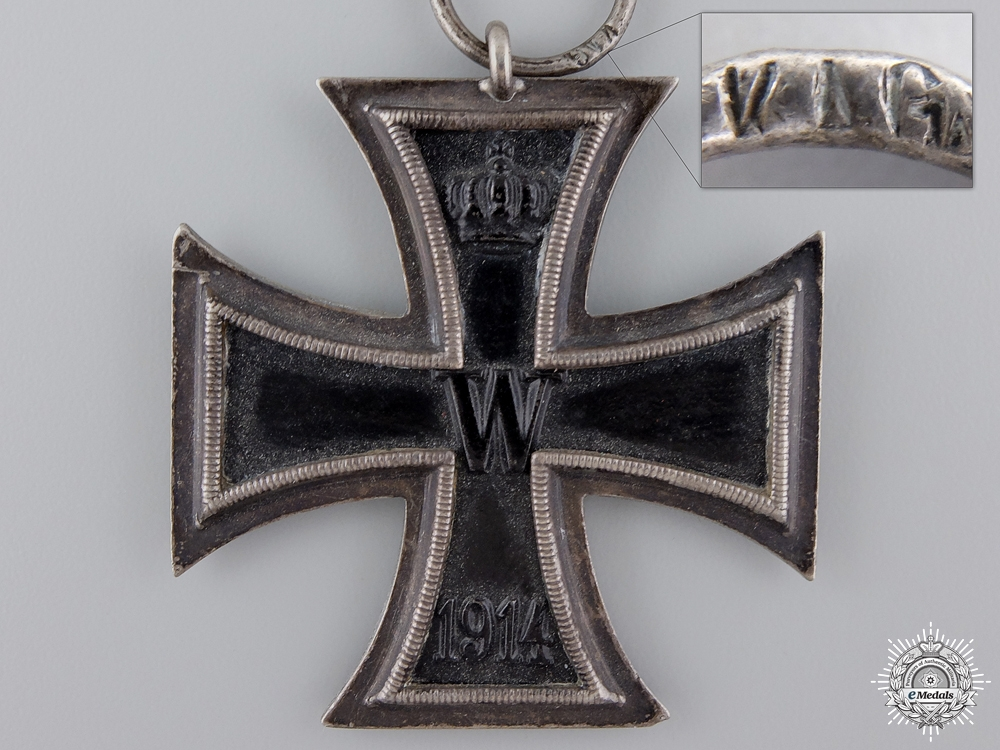 An Iron Cross Second Class 1914; Marked KAG