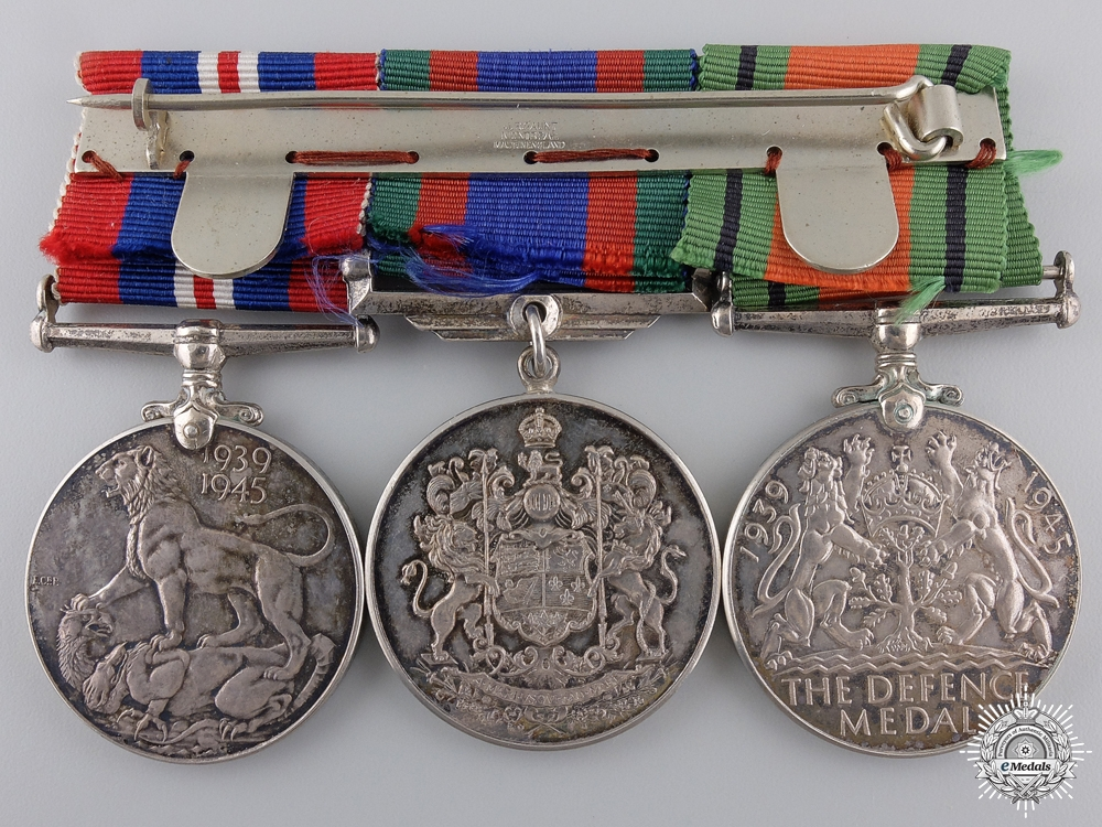 A Second War Canadian Service Medal Bar