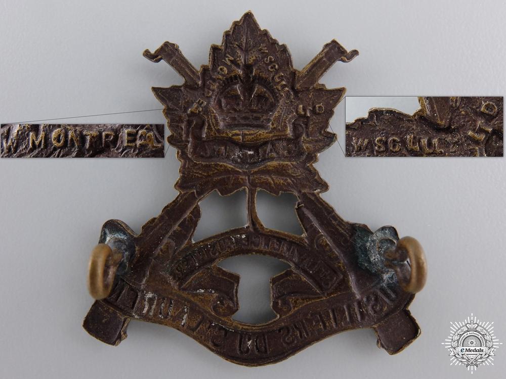 A Second War Fusiliers du St. Laurent Cap Badge   consignment #27