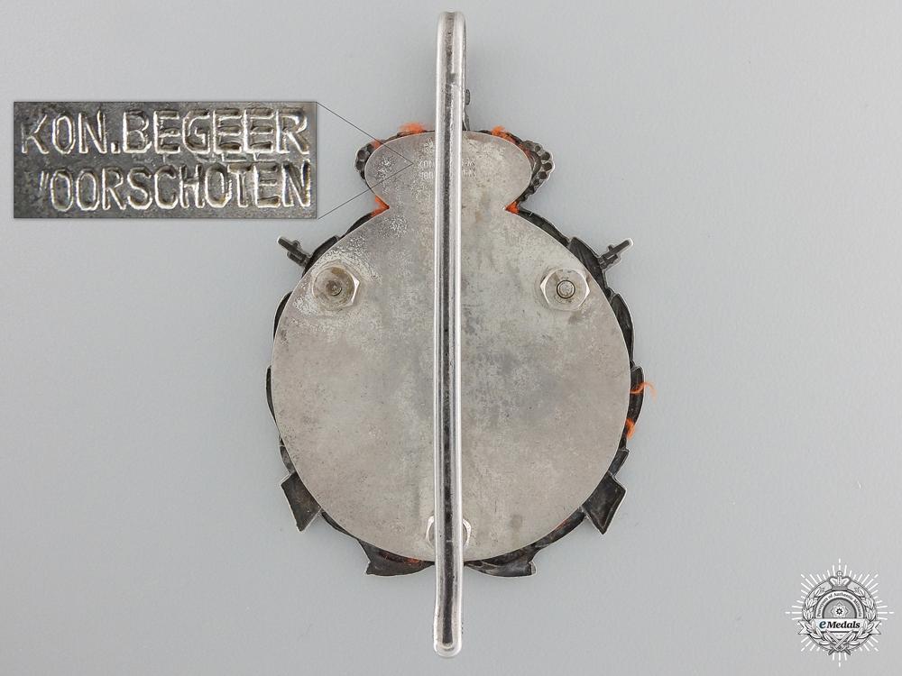 A Dutch Bijzonder Vrijwillige Landstorm (B.V.L.) Champion Badge