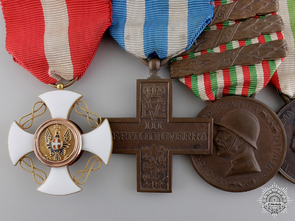 A First War Italian Order of the Crown Medal Bar