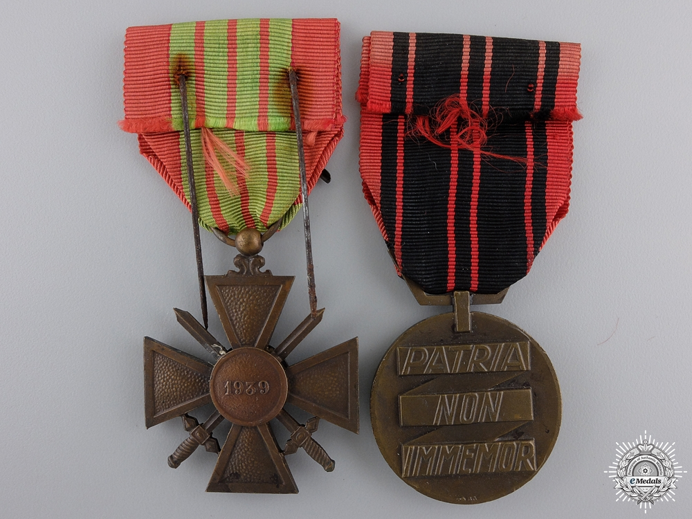 Two French Second World War Two Medals