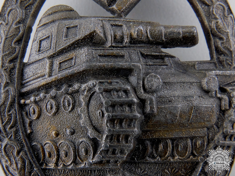 A Bronze Grade Tank Badge by Hermann Aurich