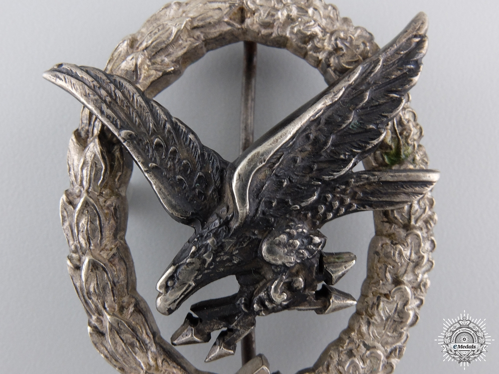 A Radio Operator & Air Gunner Badge by C.E. Juncker