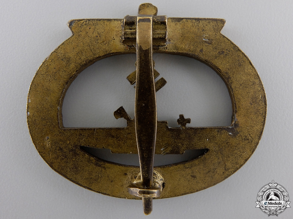 A Kriegsmarine Submarine War Badge by Friedrich Orth