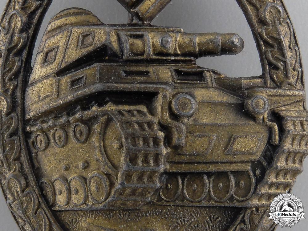 A Bronze Grade Tank Badge by Steinhauer & Luck